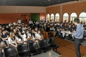 Bilinguismo en colombia. Clases de ingles en medellin